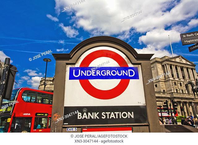 Underground bank station signal, Bank of England, City of London, Financial Distrit, London, England, UK, United Kingdom, Europe