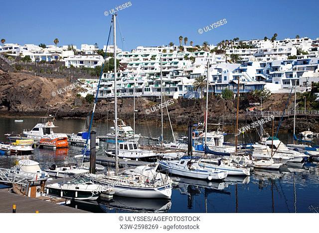 puerto, Playa del Carmen town, Lanzarote island, Canary archipelago, Spain, Europe