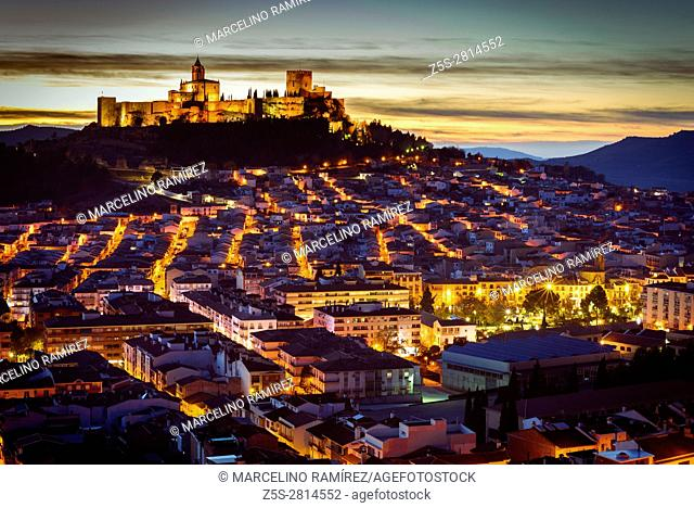 Cityscape with Fortress of La Mota on hill in Alcalá la Real at sunset. Alcalá la Real, Jaén, Andalusia, Spain, Europe