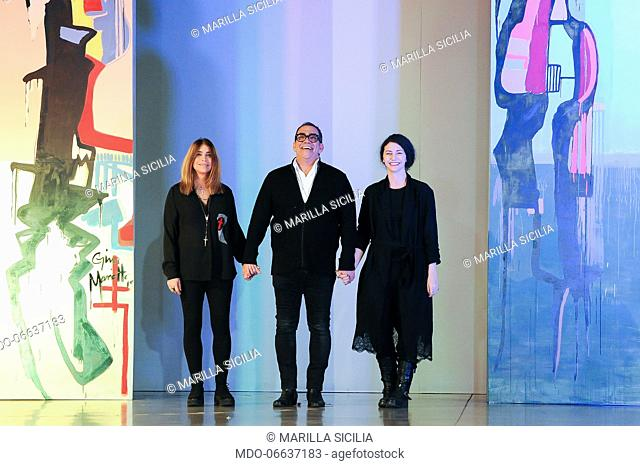 Guillermo Mariotto with her sister Gina and Valentina Ilardi during the presentation of the Gattinoni Spring/Summer 2019 collection at AltaRoma