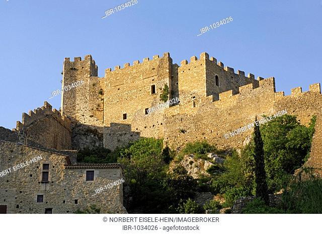 Old city and castle, Aubenas, Ardèche, Rhône-Alpes, France, Europe