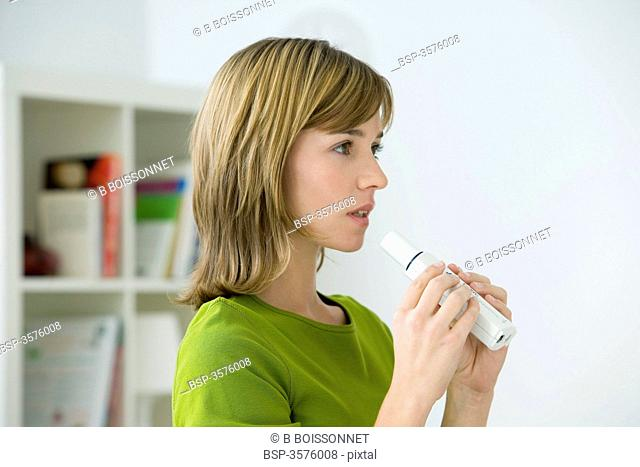 BREATHING, SPIROMETRY IN A WOMAN Model