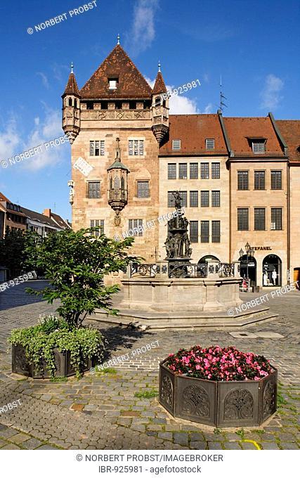 Nassau House, Schluesselfeldersches foundation house, fortress tower, Karolinenstr. 2, historic city centre, Nuremberg, Middle Franconia, Bavaria, Germany