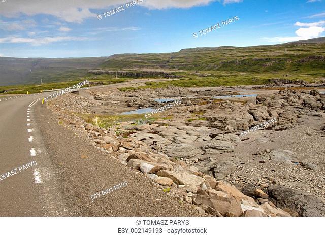 Empty asphalt route - Iceland westfjords