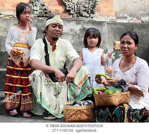 Indonesia, Bali, Mas, temple festival, people, odalan, Kuningan holiday, family