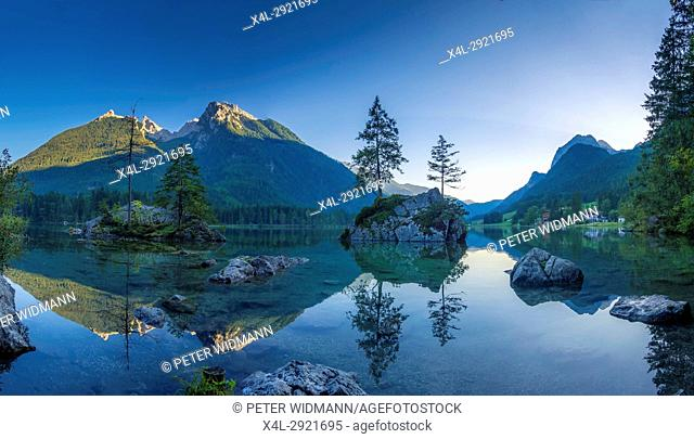 View of the Hintersee Lake near Ramsau in the Berchtesgaden National Park, Bavaria, Upper Bavaria, Germany, Europe