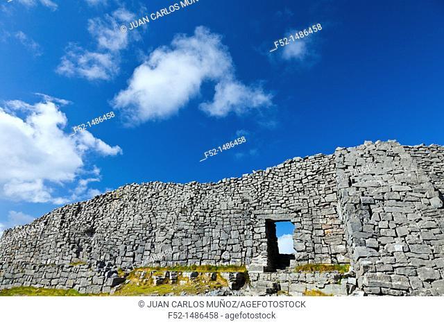 Dún Aonghasa - Fort of Aongus  Inishmore Island, Aran Islands, Galway County, West Ireland, Europe