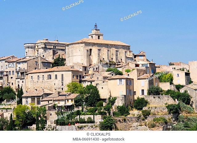 Europe, France, Luberon region, Roussillon village