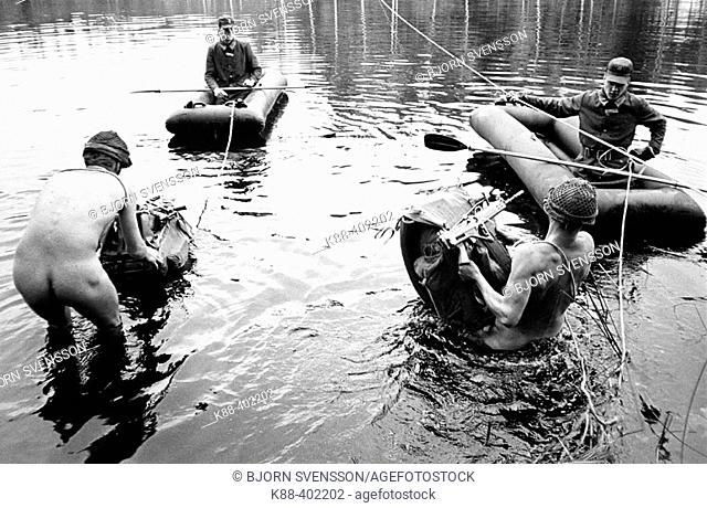 Swedish conscript soldiers during maneuvers (1988), K3 Ranger Battalion, Karlsborg, Sweden