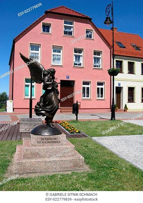 Engel Statue in Neuwarp, Nowe Warpno