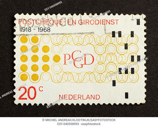 HOLLAND - CIRCA 1960: Stamp printed in the Netherlands shows its value, circa 1960