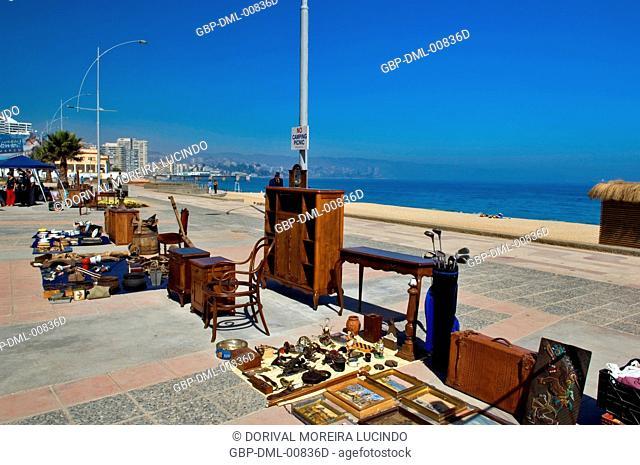 Antiques things fair, El Sol Beach, Viña Del Mar, Chile