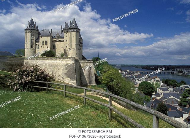 castle, France, Pays de la Loire, Maine-et-Loire, Saumur, Loire Valley, Loire Castle Region, Europe, 14th century castle along the Loire River in Saumur