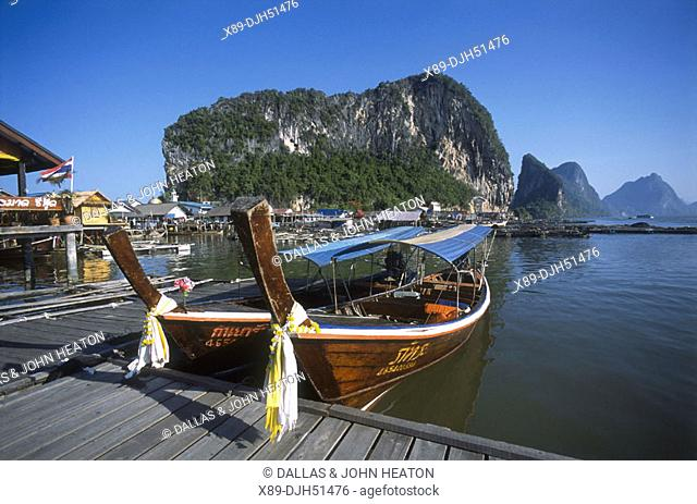 Thailand, Phuket, Phangnga National Park, Ko Panyi Island, Stilt Village