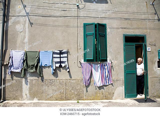 europ, italy, tuscany, gerfalco, daily life