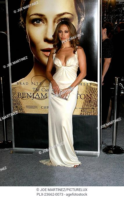 The Curious Case of Benjamin Button Premiere Jennifer Lopez 12-8-2008 / Mann's Village Theater / Westwood, CA / Paramount Pictures / Photo by Joe Martinez
