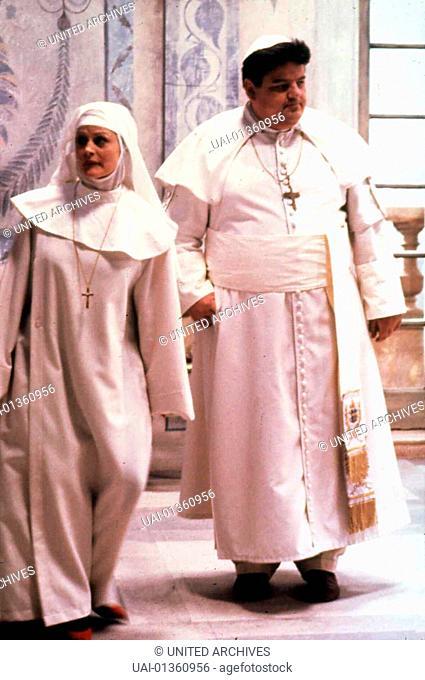 Beverly D'Angelo, Robbie Coltrane Durch Intrigen soll Papst David I. (Robbie Coltrane) zum Ruecktritt gezwungen werden. Als man ihm seine alte Beziehung zu...