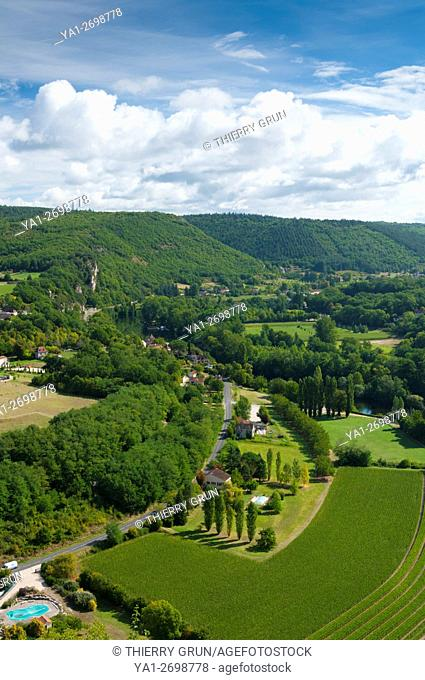 France, Quercy, Lot (46), Le Mas village in Lot valley viewed from Saint-Cirq-Lapopie