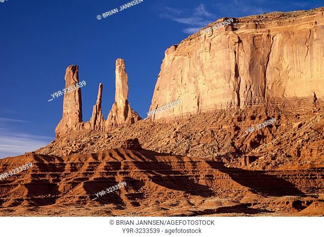 Early morning view over the Three Sisters rock formation, Monument Valley, Navaho Tribal Park, Arizona USA