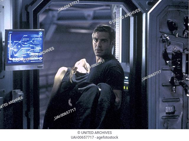 SOLARIS / Solaris USA 2002 / Steven Soderbergh Dr. Chris Kelvin (GEORGE CLOONEY), Rheya (NATASCHA McELHONE) Regie: Steven Soderbergh aka