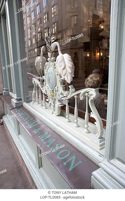 Fortnum and Mason shopfront. Opened by Messrs Fortnum and Mason in 1707, the establishment owes its royal patronage to William Fortnum's grandson