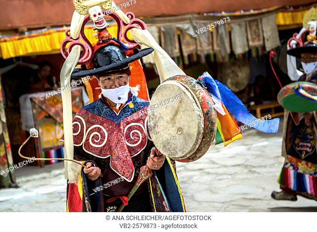 Mask ceremony at Gu-stor nomad summer festival in Tso Moriri lake, Ladakh (India)