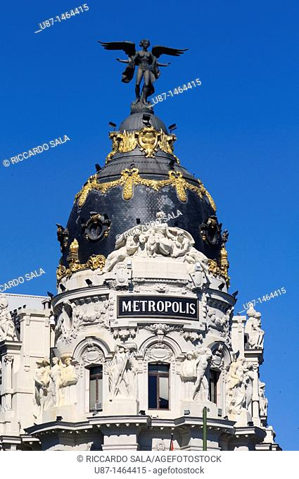 Spain, Madrid, Gran Via Avenue, Metropolis Building