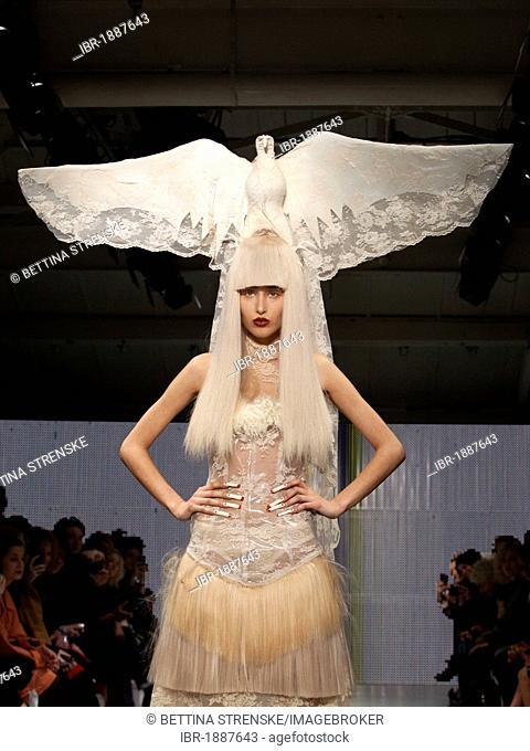 Charlie le mindu fashion show video 68