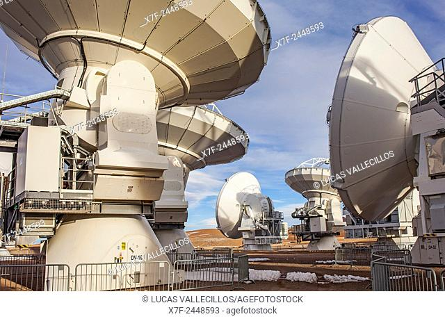 ALMA observatory, Antennas in plain of Chajnantor, 5000 meters of altitude,Array Operations Site (AOS), Atacama desert. Region de Antofagasta. Chile