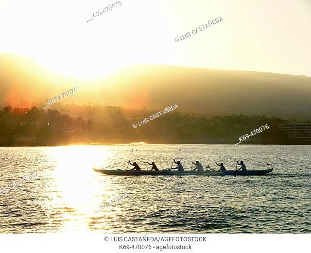 Rowing at Kailua Bay. Kailua-Kona. Hawaii. USA