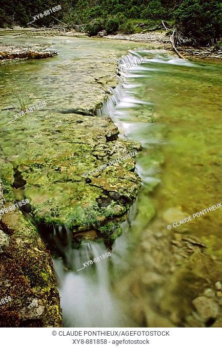 Stream-and-cascade