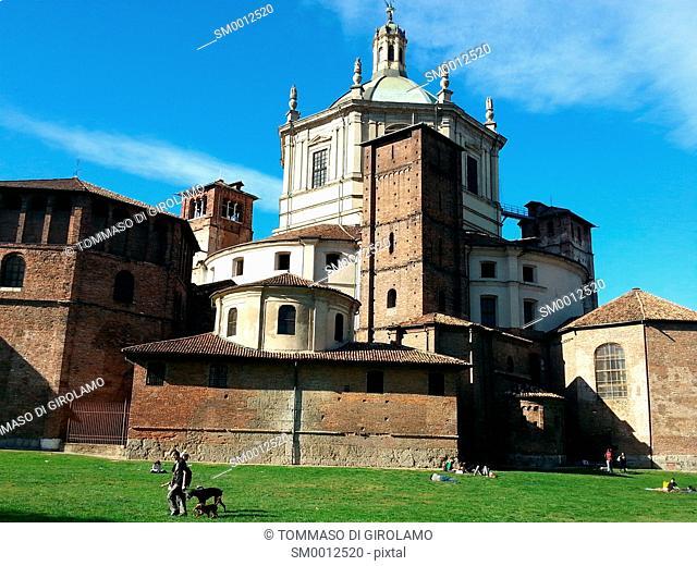 Italy, Milan, Basilica di San Lorenzo Maggiore