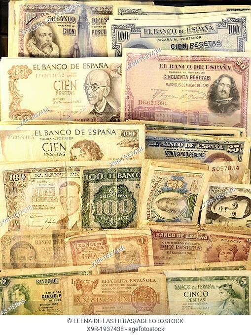 Assorted spanish peseta banknotes
