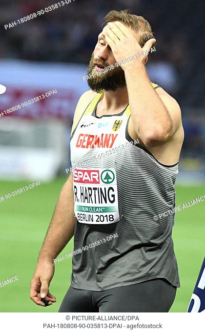 08.08.2018, Berlin: Athletics, European Championships in the Olympic Stadium: Discus throw, Men, Final, Robert Harting from Germany reacts