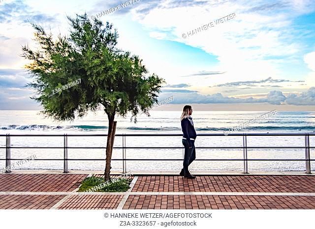 Pregnant woman enjoying the coastline of Gran Canaria