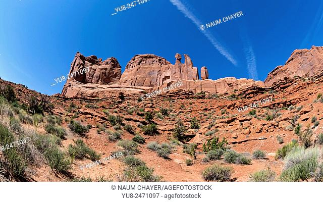 View on line of rocks, Arches National Park, Moab, Utah, USA