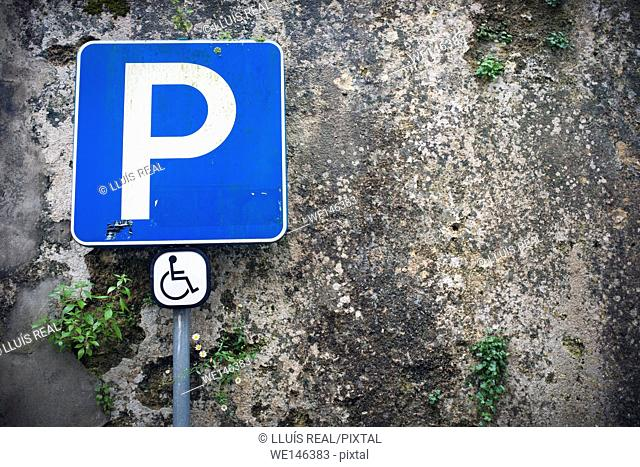 TRAFFIC SIGNAL, DISABLED PARKING