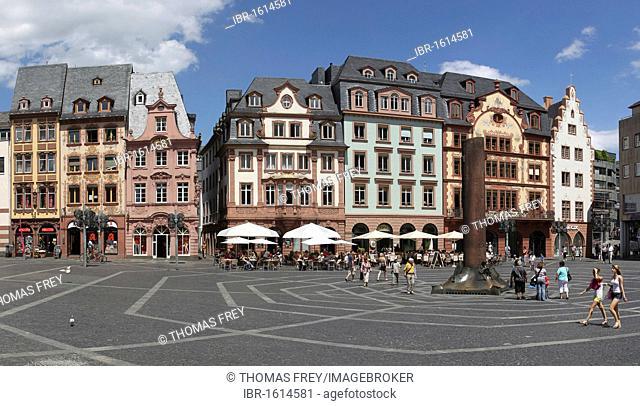The Marktplatz marketplace in the old town of Mainz, Rhineland-Palatinate, Germany, Europe