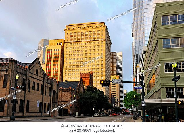 Magnolia Hotel (in the center), downtown Houston, Texas, United States of America, North America