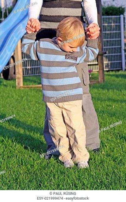 3-jähriges Kind mit Zerebralparese