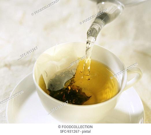 Making plum flavoured black tea