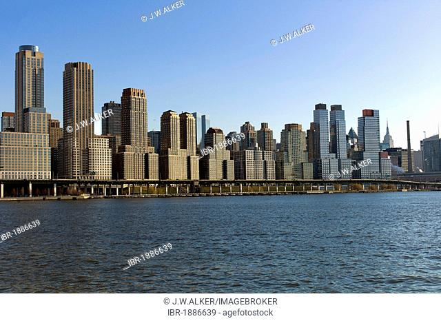 Skyline, Upper West Side, Hudson River, New York, USA