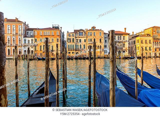 Palazzo Salviati seen from Campiello Traghetto, Grand Canal at Venice, Veneto, Italy, Europe