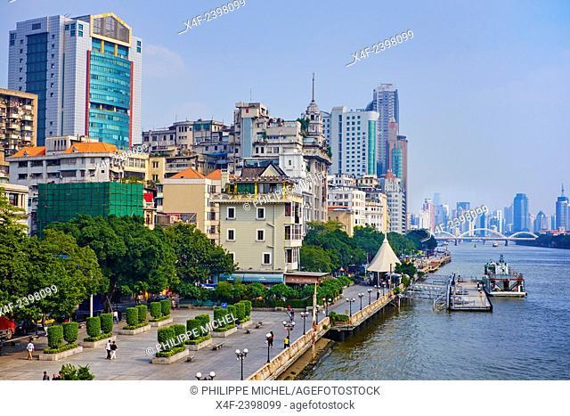 China, Guangdong province, Guangzhou or Canton, city center, the pearl river or Zhujiang river