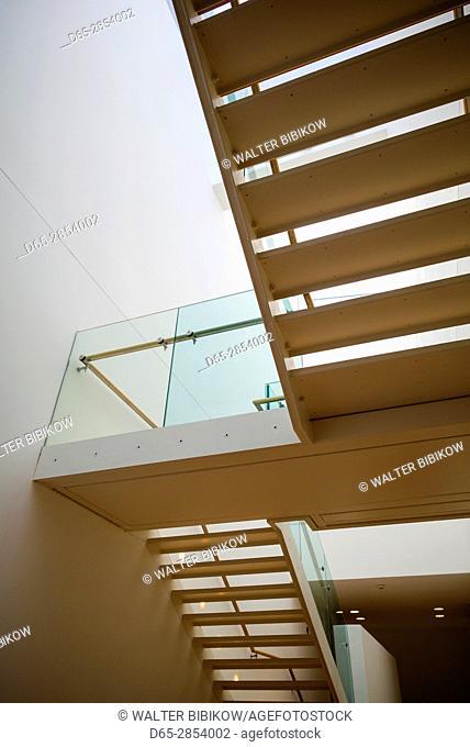 Ireland, Dublin, Parnell Square, Dublin City Gallery, The Hugh Lane, art gallery interior