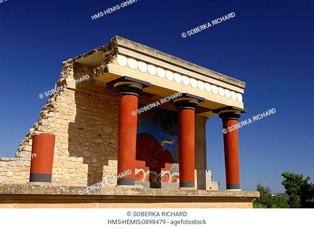 Greece, Crete, Knossos, archeological site, Palace of King Minos, the North entrance columns