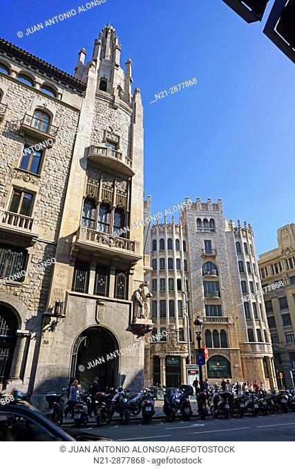 Caixa de Pensions building on the left and the annex to the Caixa de Pensions on the right. Via Layetana, Barcelona, Catalonia, Spain, Europe