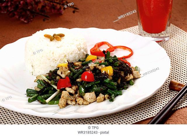 green bean chicken over rice