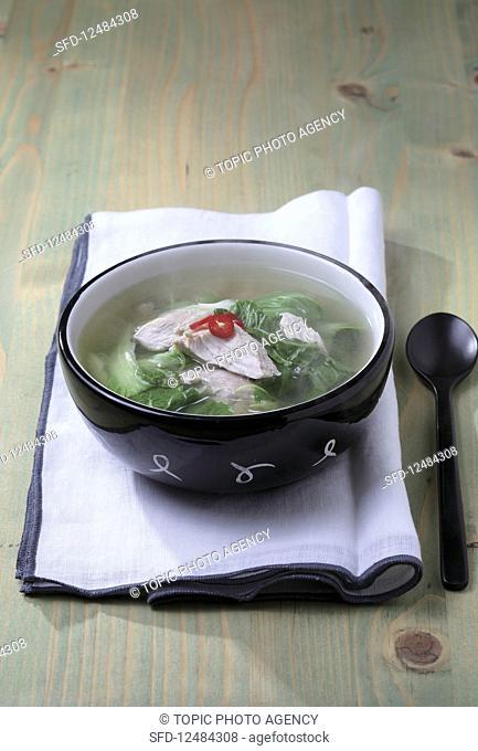 Aisan bomdong chicken soup