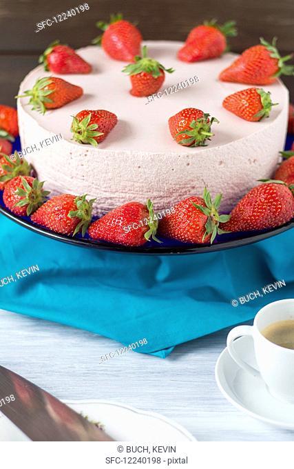Strawberry & yoghurt tart